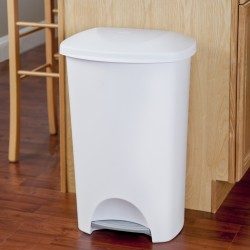 46 QT. STEP-ON WASTEBASKET WHITE